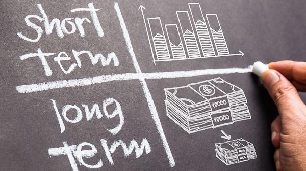 Short term rentals vs long term rentals